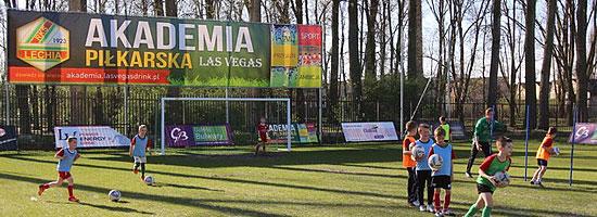 Boisko dla dzieci trenujących w Akademii Piłkarskiej Las Vegas na terenie KS Lechia Tomaszów Mazowiecki